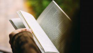 بهترین انتشارات برای چاپ رمان کدام است؟